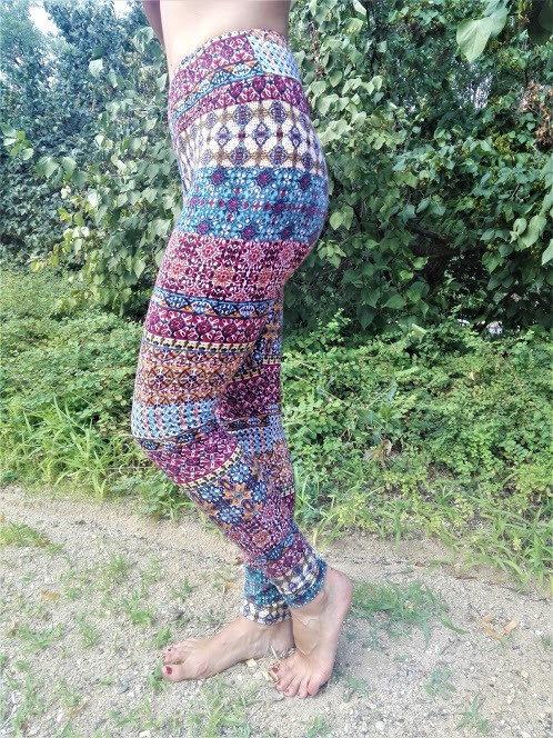 COLOURED LEGGINGS - _ZIGZAG_ print Fabri