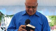 Más que predicar o cantar, evangelizar es dar frutos que pasen la inspección del espíritu