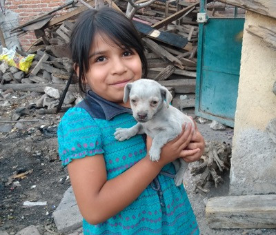 Humanity Ring proceeds bring food, hope and art supplies to needy near San Miguel de Allende