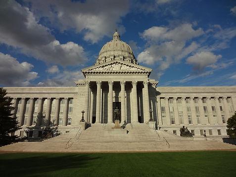 MissouriCapitolJeffersonCity.jpg