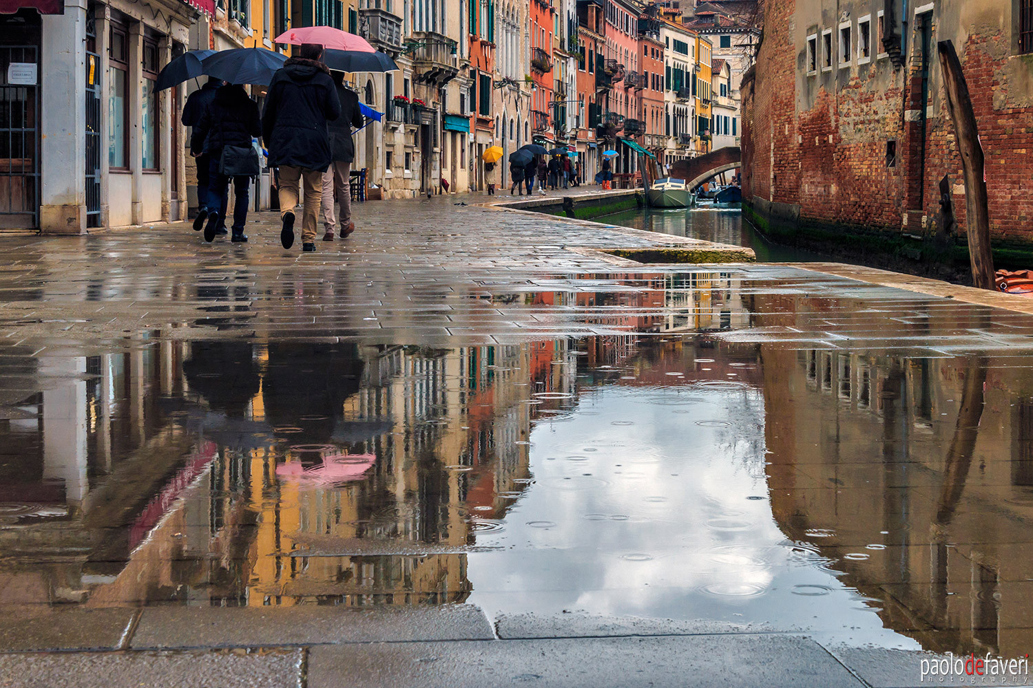 Venice_Italy_Cannaregio_Rainy_Day.jpg