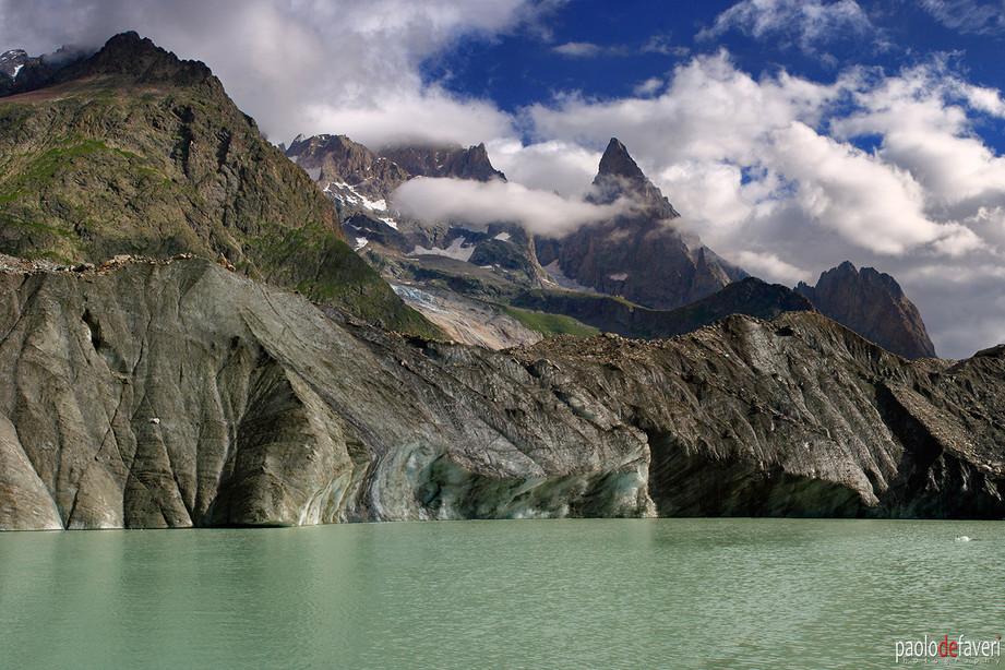 Lago_Miage_Lake_Glacier_Mont_Blanc_Range