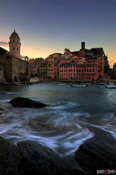Twilight_Vernazza_Vertical_Cinque_Terre_