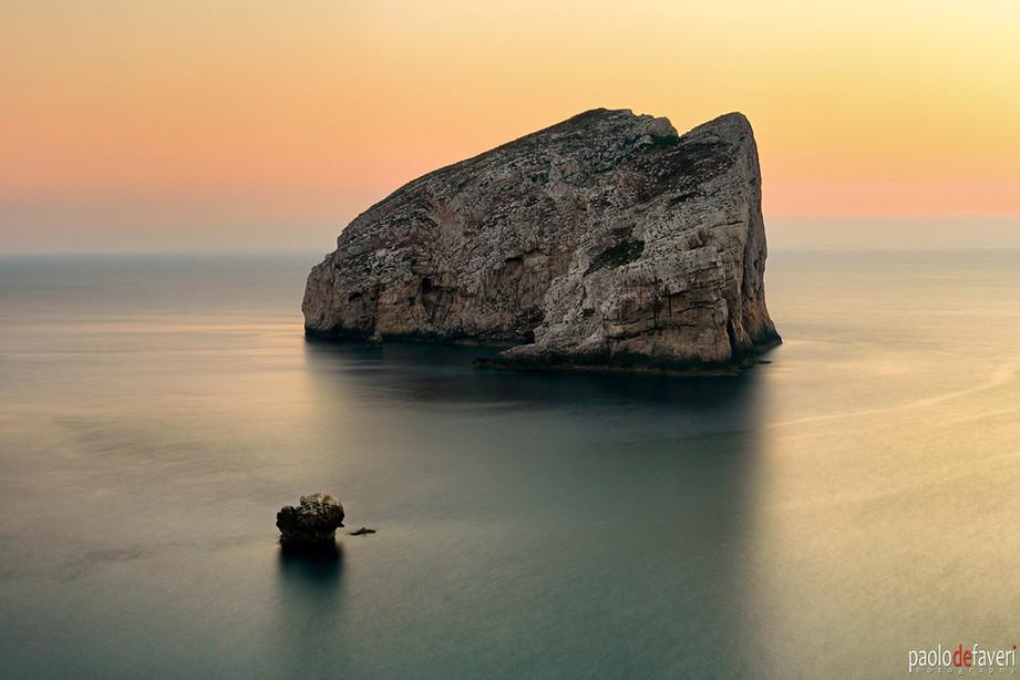 CapoCaccia_Foradada_Close_Up_Sardegna_It