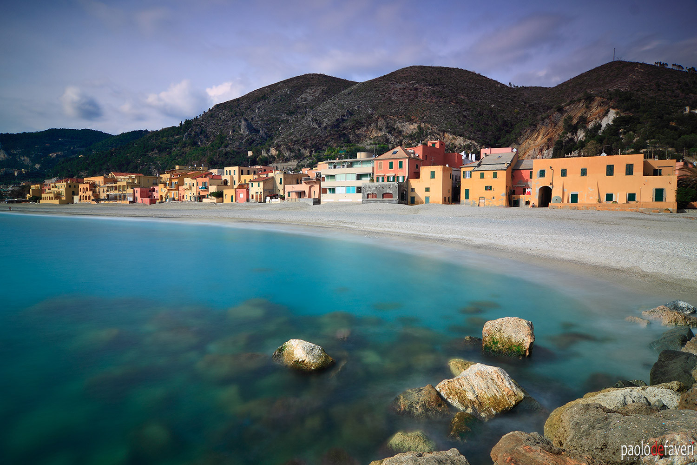 Varigotti_Liguria_Italian_Riviera.jpg