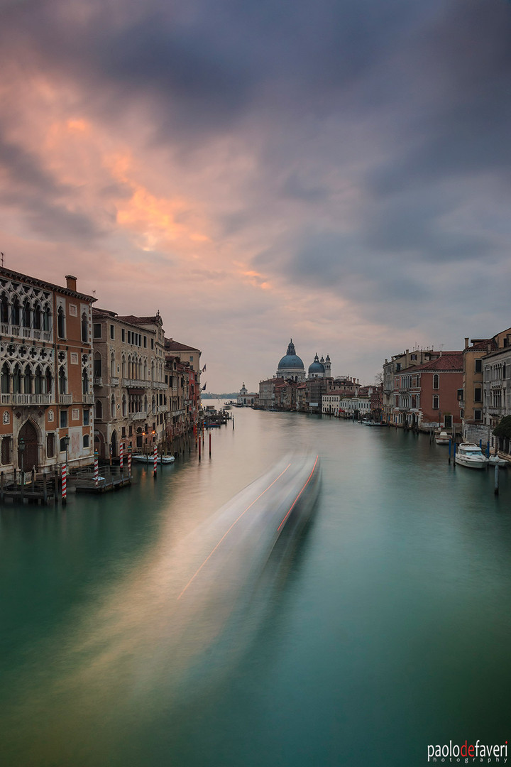 Venice_Italy_Gran_Canal_Accademia_Bridge