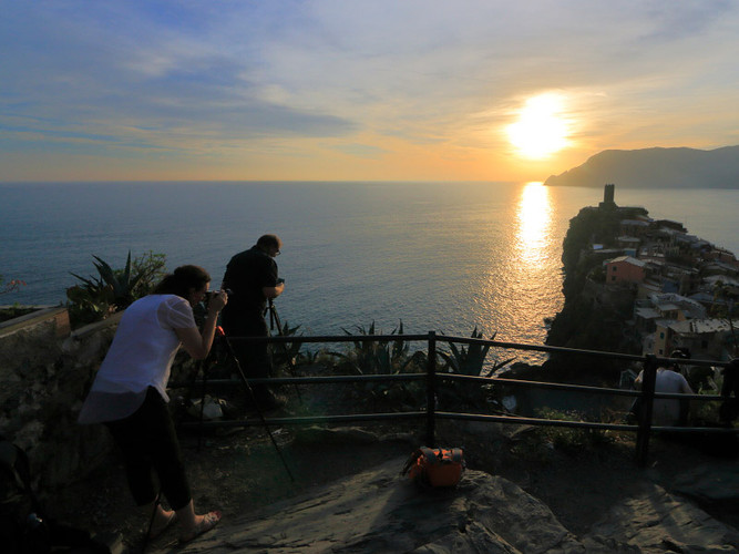 Shooting at sunset with Doug and Rachel in Vernazza, Cinque Terre