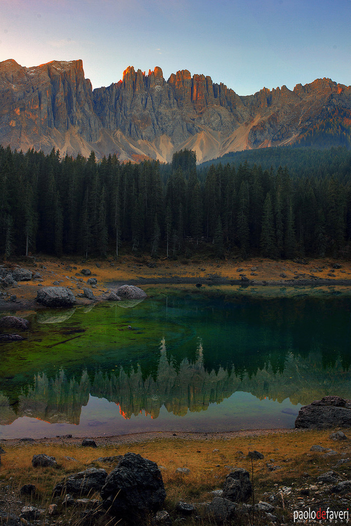 Lake_Carezza_Karessee_Dolomites_Italy
