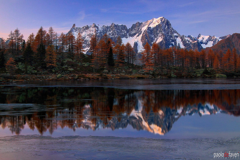 Lago_Arpy_Lake_Grandes_Jorasses_Mont_Bla