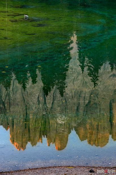Reflections_Lake_Carezza_Karessee_Dolomi
