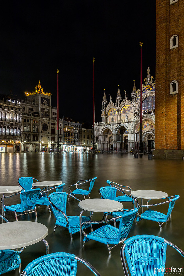 Venice_Italy_San_Marco_Bar_Tables_Acqua_