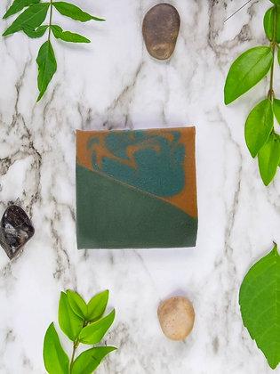 Tobacco & Bay Leaf