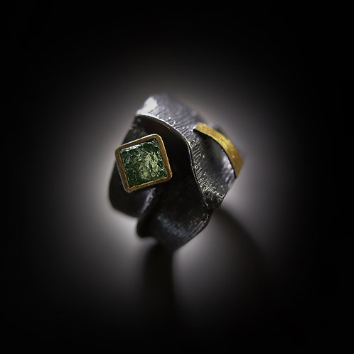 BOHEMIA silver ring with moldavite stone