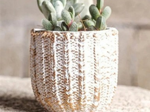 Small Knit effect Planter