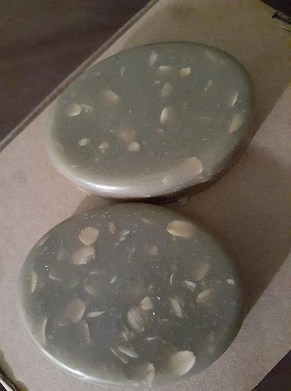 Bentonite Oatmeal Face Soap for Oily Skin