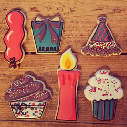 Another set of Happy Birthday cookies, this time with more sprinkles!! Lol