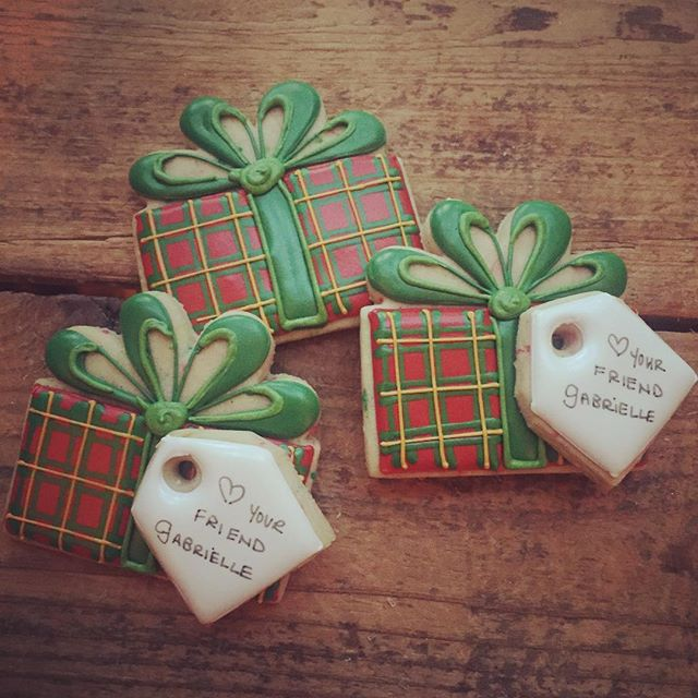 Some fun Christmas Gift cookies for a sweet girl to hand out today at school _)