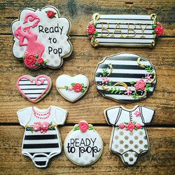 Some cute quick cookies for a fun chic baby shower..