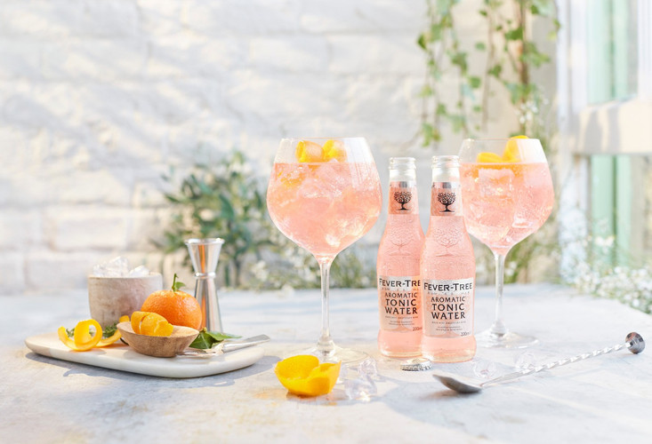 Fever-Tree_Aromatic_Tonic_Water.jpg