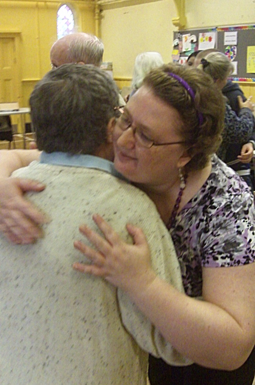 Biondanza hugging