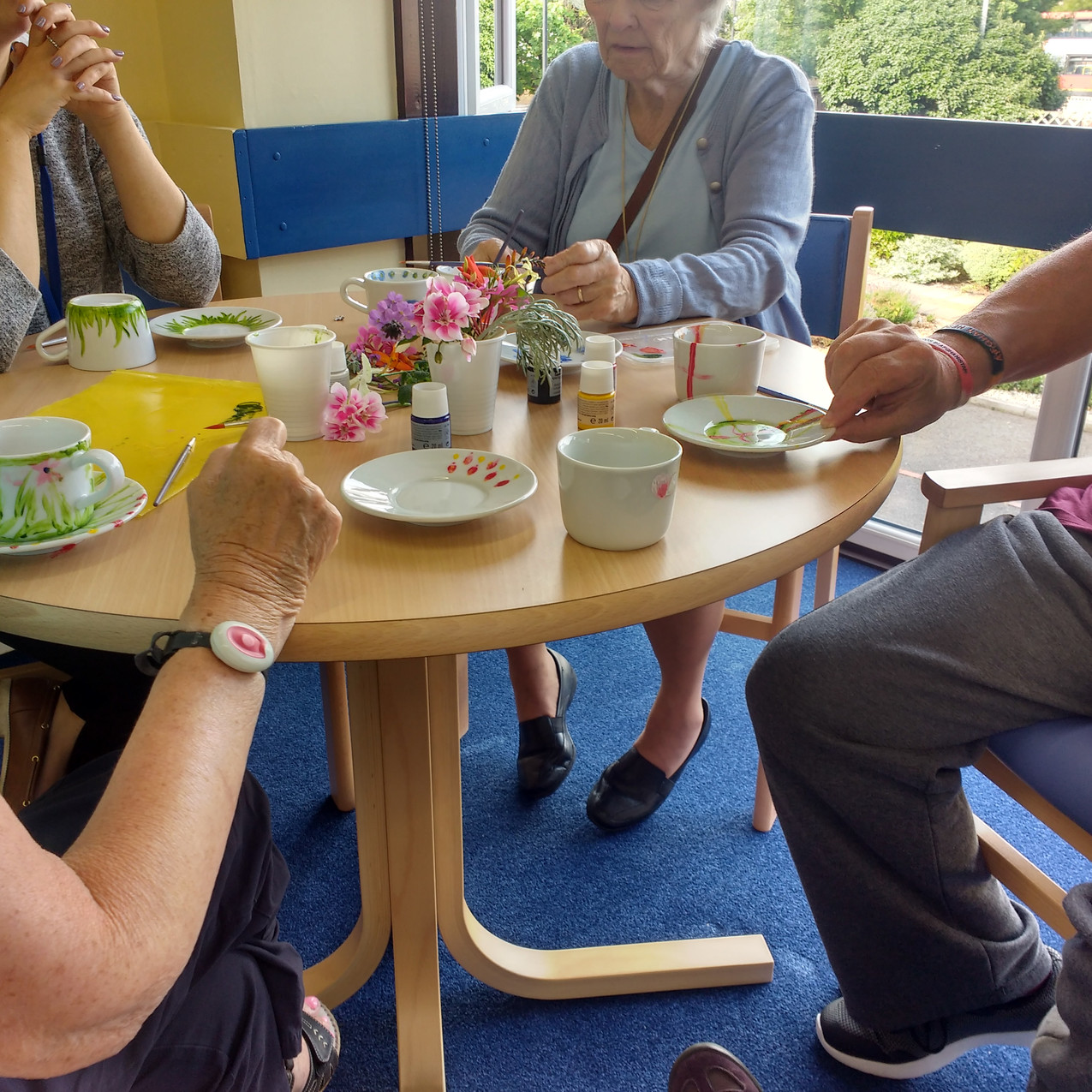 Porcelain painting with elders