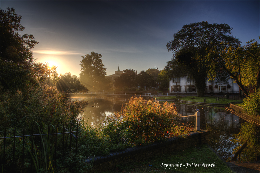 Misty Morn - Carshalton Ponds