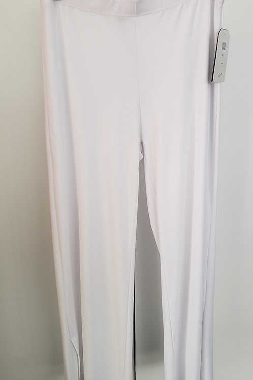 White Knit Pant With Slit Ankle