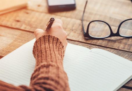 Écrire, c'est aller chercher les souvenirs du corps...