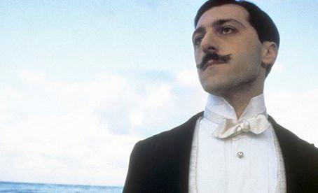 Lire Proust rendrait socialement moins bête que de lire Dan Brown