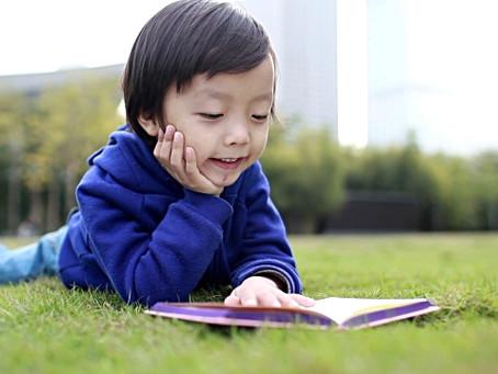 Les histoires que vous faites lire à vos enfants changeront leur vie