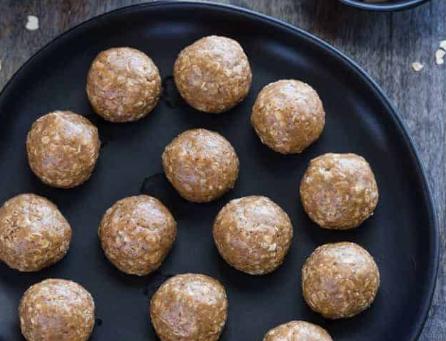 Almond Power Balls