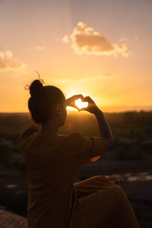 find love - heart - sunset