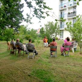 Marie Guillemin -, conteuse aux jardins associatifs de Kernoa