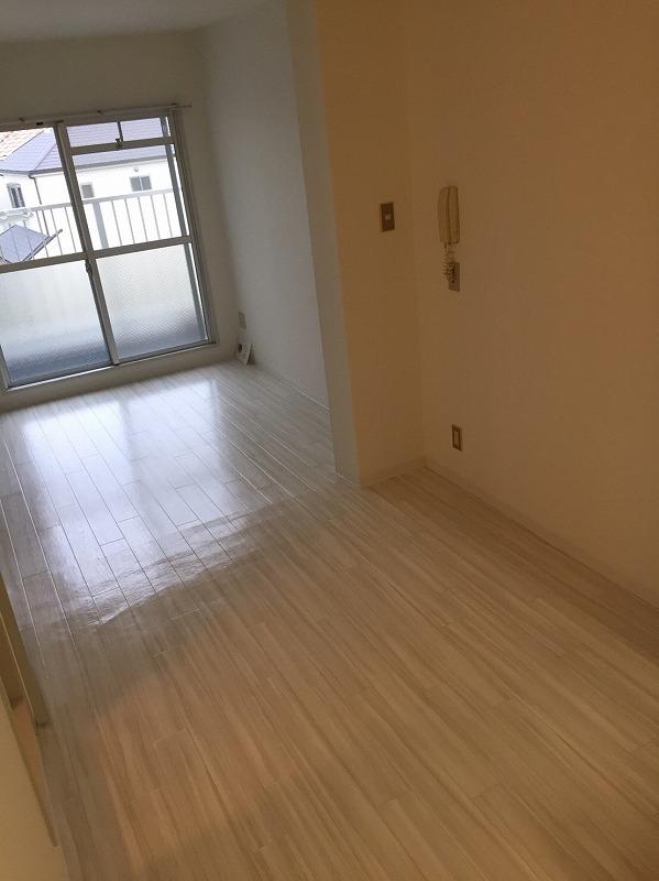 サンハイツ伊丹 洋室