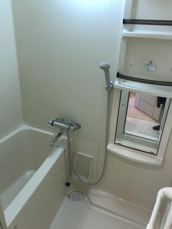 カーサラルーナ 浴室