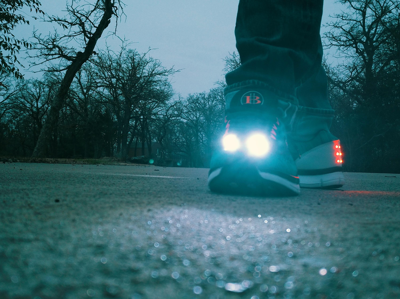 Men's LED Running Shoes 5 (Blue)