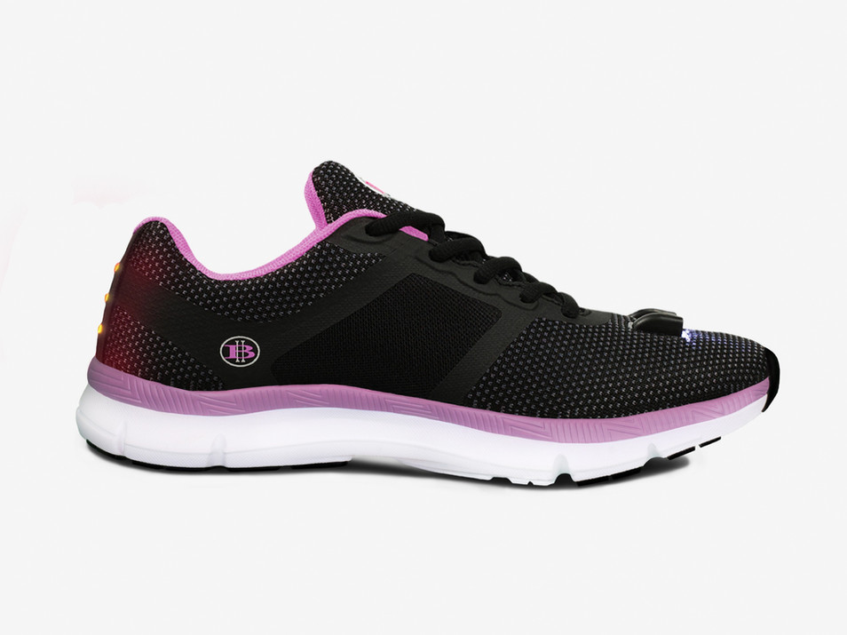 Women's Night Runner Shoes Side View 1