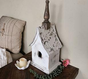 Cozzy Cottage Birdhouse.JPG