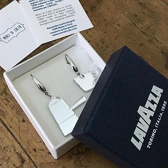 orecchini lavazza in scatola.jpg