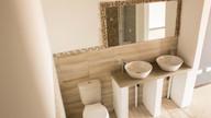 Main bath 4.jpg