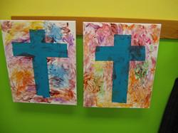 2 fingerpaint crosses