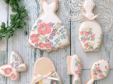 リバティ柄が好きな大人の女性におすすめの可憐な小花の上品クッキー