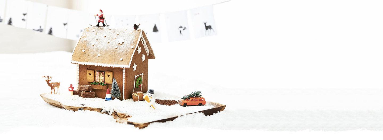 Building a gingerbread house advent calendar