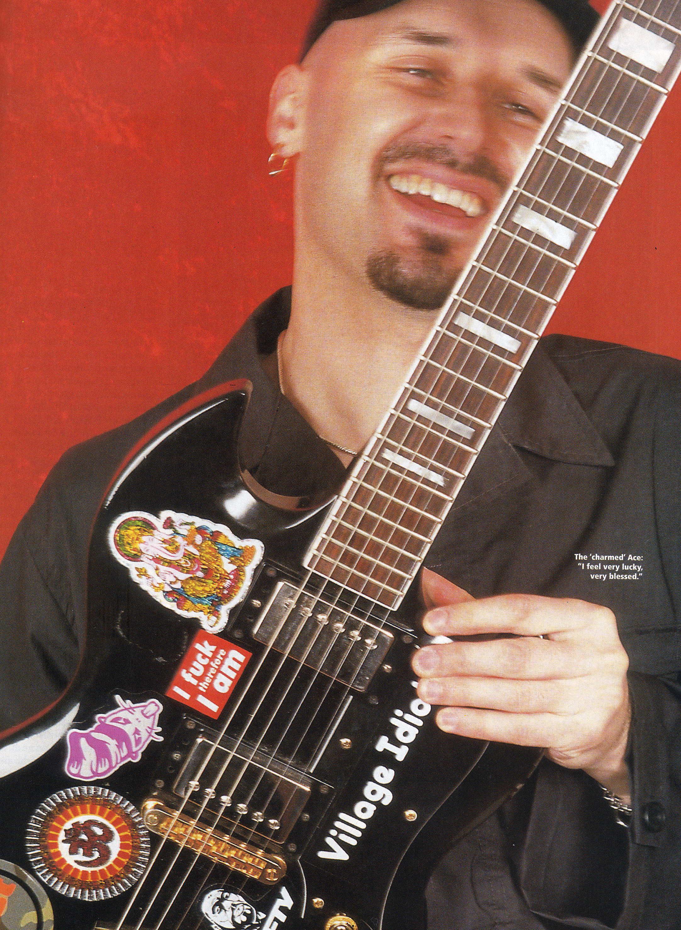 Guitarist2.JPG
