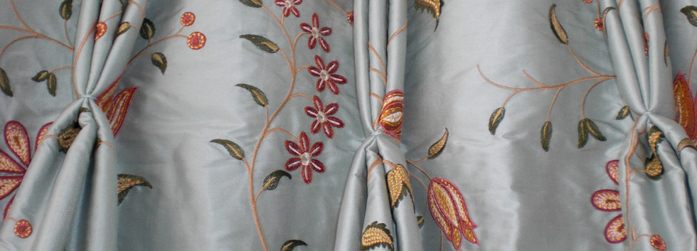 curtains 233 - Copy.jpg