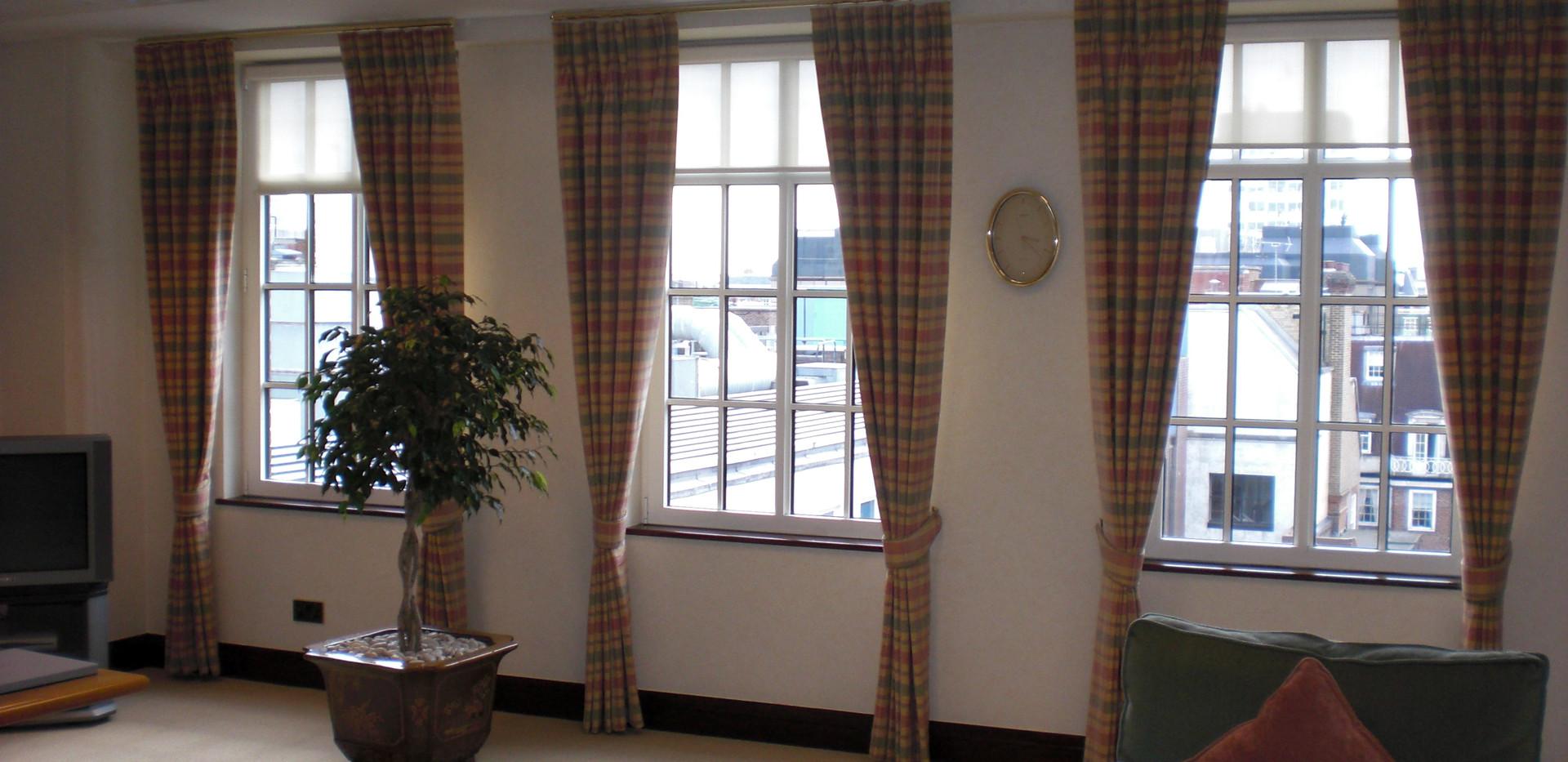 curtains 256 - Copy.jpg