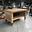 Thumbnail: Antieke houten werktafel