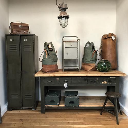 Militaire werkbank dressoir