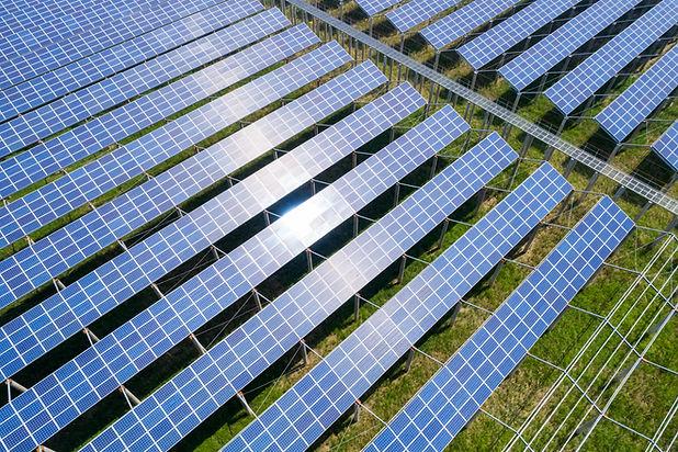 solar-power-farms-clean-energy-generatin