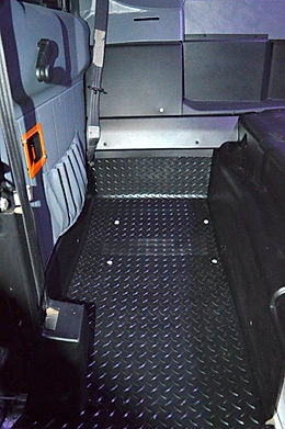 Hummer, H1, floormat, paint, restoration